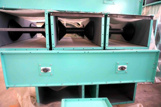 Single roller belt conveyor